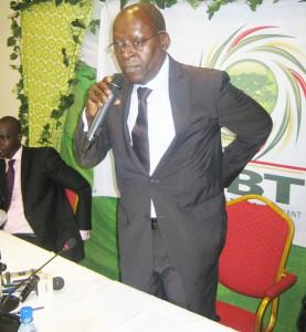 Abdoulaye Bio Tchané intervenant lors de la conférence