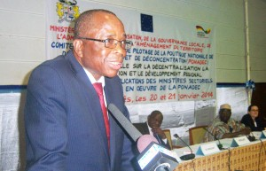 1- le ministre Isidore Gnonlonfoun appelle...