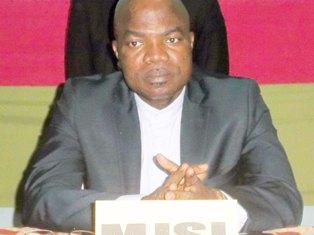 Le Ministre de la jeunesse, des sports et des Loisirs Safiou Idrissou Affo net