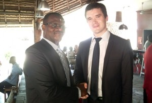 Jean-Claude Hounmènou et le président de l'USTI-France, le professeur Hervé Riou